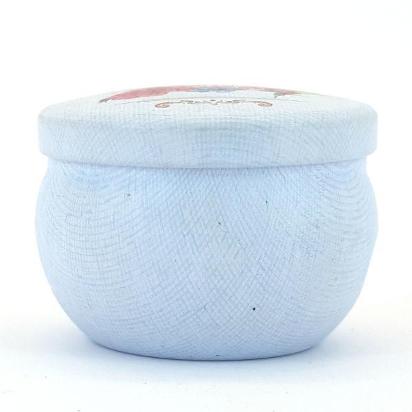 Mini Round Tin with Cupcake Design Detail