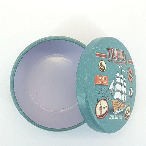 Mini Round Tin with Travel Design Detail